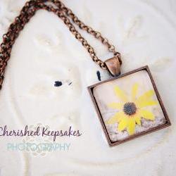 Black-Eyed Susan Flower Photo Pendant Necklace